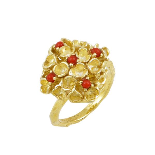 Ασημένιο επίχρυσο δαχτυλίδι σε σχήμα μπουλ ρόμβου