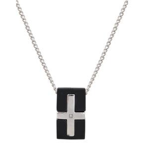 Μενταγιόν από ορθογώνιο μαύρο καουτσούκ με ένθετο κλασσικό ατσάλινο σταυρό με ένα πολύ μικρό μπριγιάν στο κέντρο.