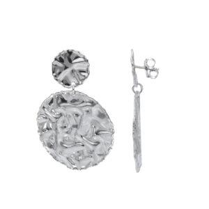 Ζεύγος σκουλαρίκια ασημένια κρεμαστά. Δύο πλακέ στρογγυλά στοιχεία με σφυρήλατο σχέδιο (σαν τσαλακωμένο)