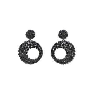 Ασημένια μαύρα επιπλατινωμένα κρεμαστά σκουλαρίκια σε σχήμα κύκλου με μαύρα ζιργκόν. Έχουν ελεύθερη κίνηση από τη σύνδεση με κρίκο