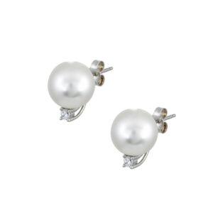 Ασημένια σκουλαρίκια με λευκό στρογγυλό μαργαριτάρι